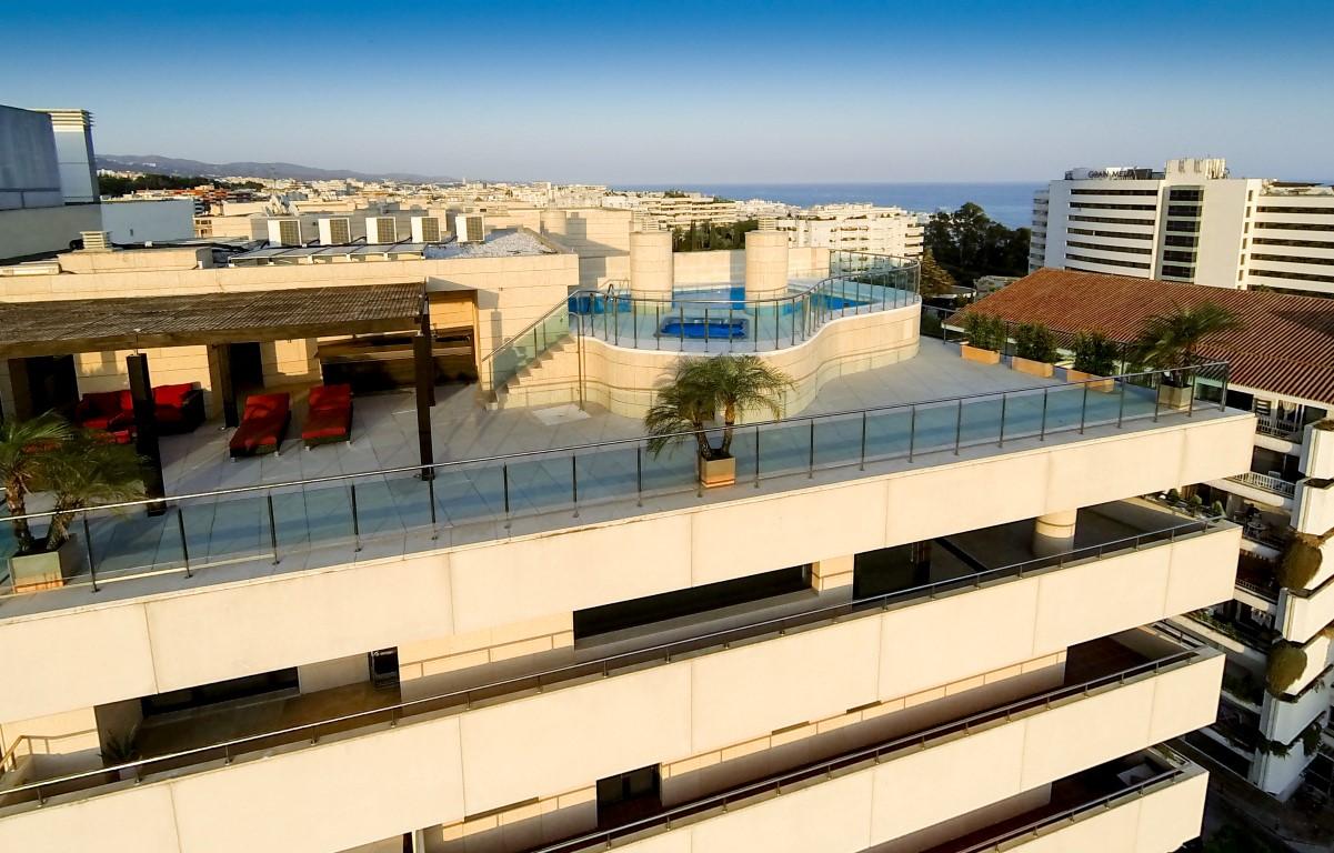 Penthouse golden mile Marbella en venta