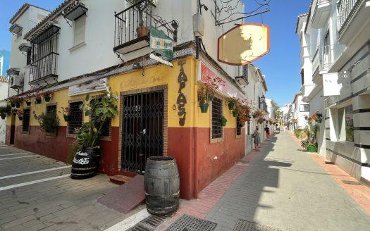 Local Comercial con vivienda Estepona Commercial Premises with dwelling Estepona