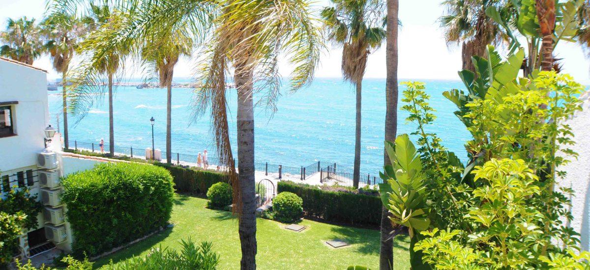 Beachfront villa Marbella Centre.